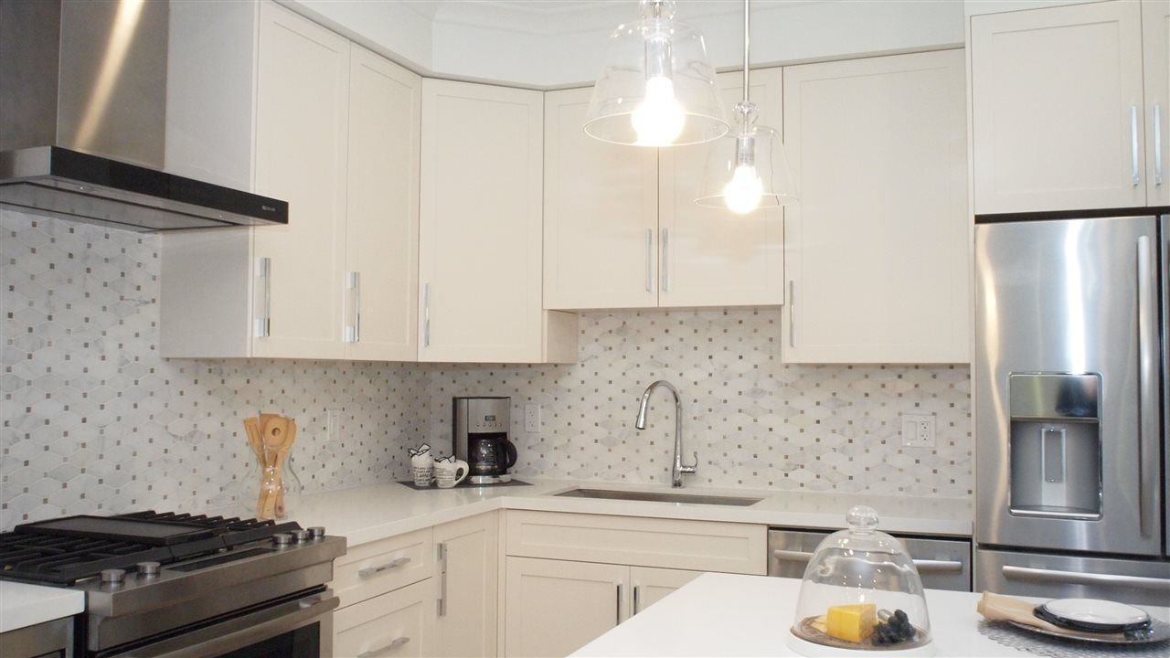 """Photo 4: Photos: 1838 W 12TH Avenue in Vancouver: Kitsilano Townhouse for sale in """"THE FOX HOUSE"""" (Vancouver West)  : MLS®# R2220651"""