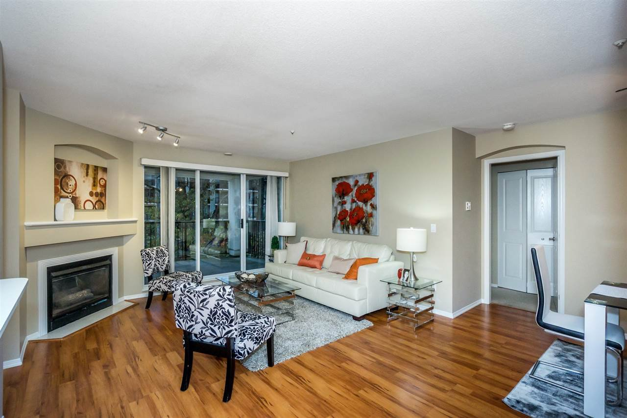 """Photo 9: Photos: 216 20976 56TH Avenue in Langley: Langley City Condo for sale in """"RIVERWALK"""" : MLS®# R2220785"""