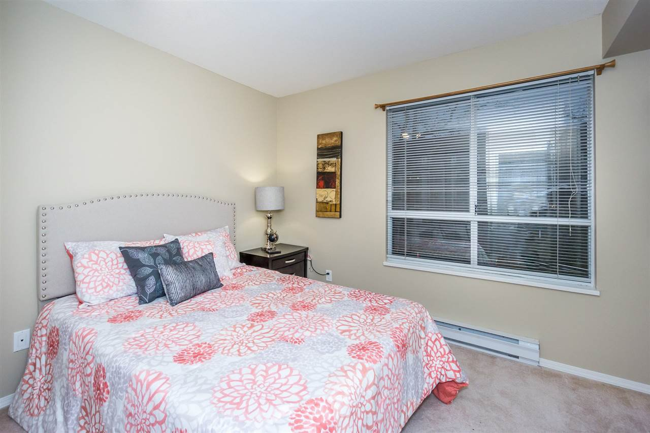 """Photo 15: Photos: 216 20976 56TH Avenue in Langley: Langley City Condo for sale in """"RIVERWALK"""" : MLS®# R2220785"""