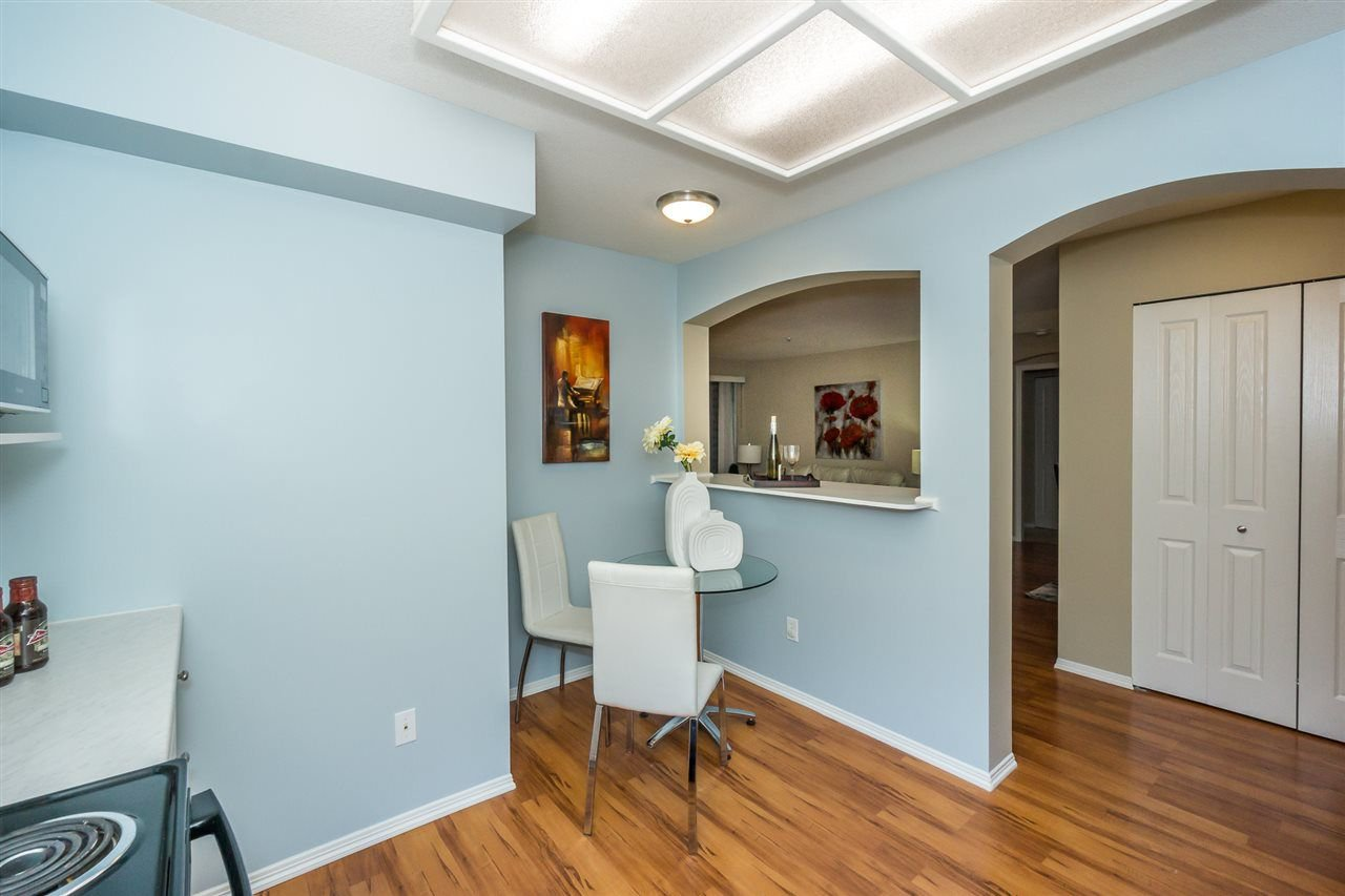 """Photo 7: Photos: 216 20976 56TH Avenue in Langley: Langley City Condo for sale in """"RIVERWALK"""" : MLS®# R2220785"""