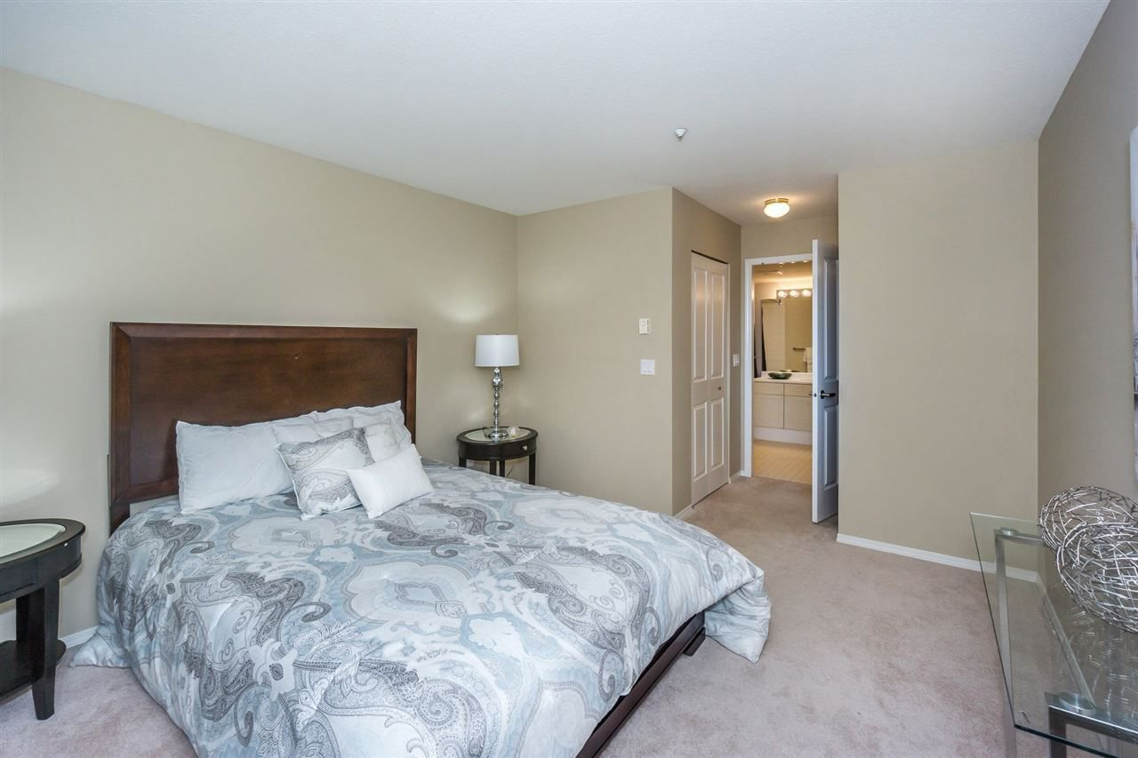 """Photo 17: Photos: 216 20976 56TH Avenue in Langley: Langley City Condo for sale in """"RIVERWALK"""" : MLS®# R2220785"""