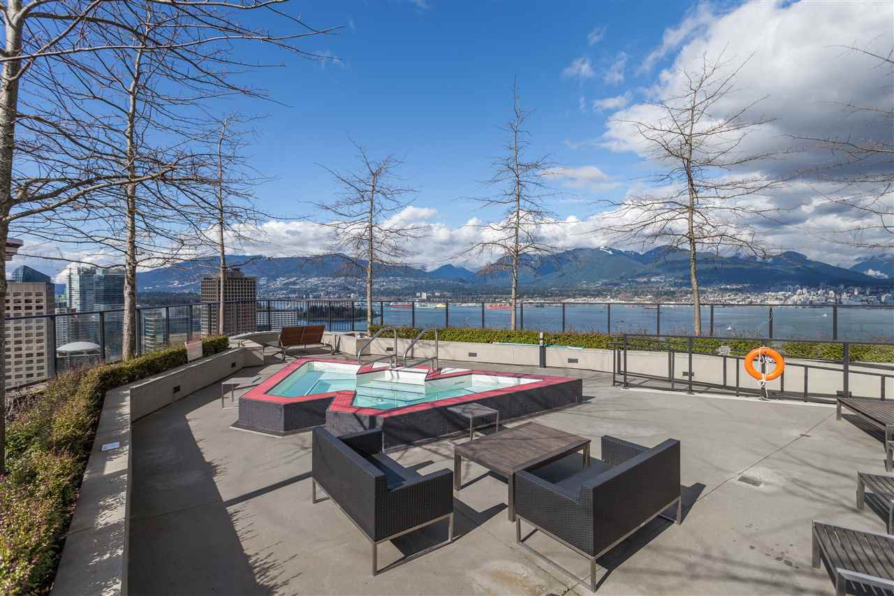 """Photo 16: Photos: 508 128 W CORDOVA Street in Vancouver: Downtown VW Condo for sale in """"WOODWARDS W43"""" (Vancouver West)  : MLS®# R2255554"""