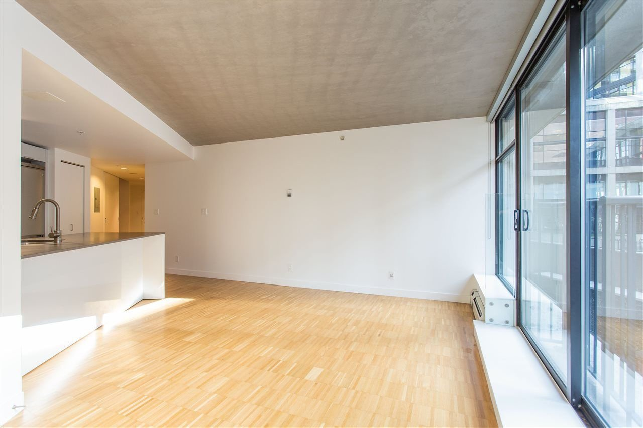"""Photo 9: Photos: 508 128 W CORDOVA Street in Vancouver: Downtown VW Condo for sale in """"WOODWARDS W43"""" (Vancouver West)  : MLS®# R2255554"""