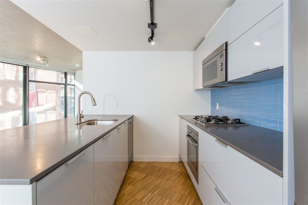 """Photo 4: Photos: 508 128 W CORDOVA Street in Vancouver: Downtown VW Condo for sale in """"WOODWARDS W43"""" (Vancouver West)  : MLS®# R2255554"""