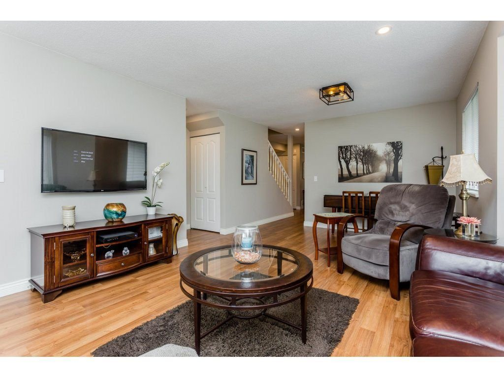 "Photo 10: Photos: 45 21928 48 Avenue in Langley: Murrayville Townhouse for sale in ""Murray Glen"" : MLS®# R2260357"