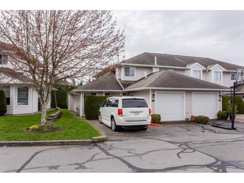 "Photo 1: Photos: 45 21928 48 Avenue in Langley: Murrayville Townhouse for sale in ""Murray Glen"" : MLS®# R2260357"