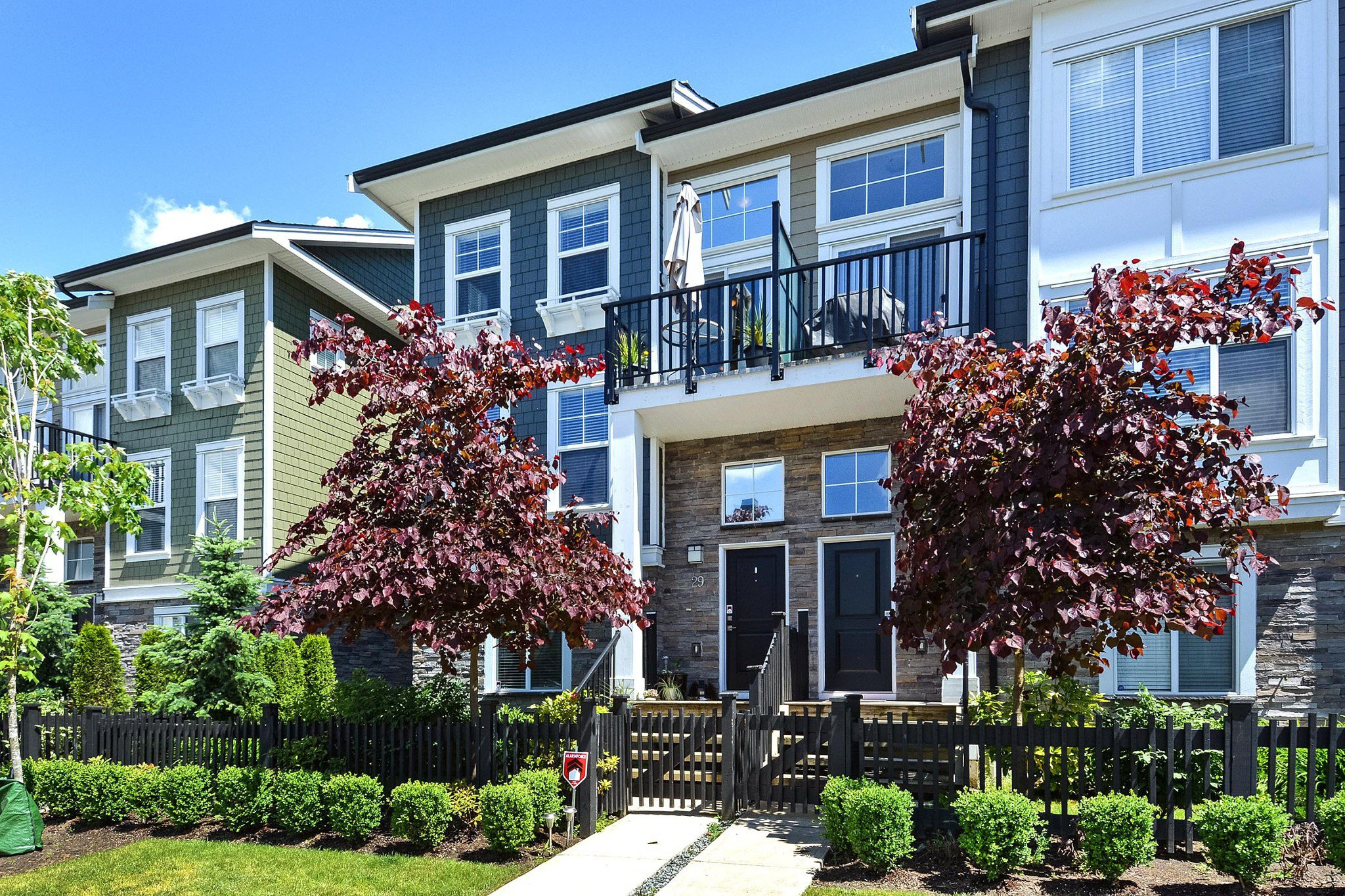 "Main Photo: 29 7686 209 Street in Langley: Willoughby Heights Townhouse for sale in ""KEATON"" : MLS®# R2279137"