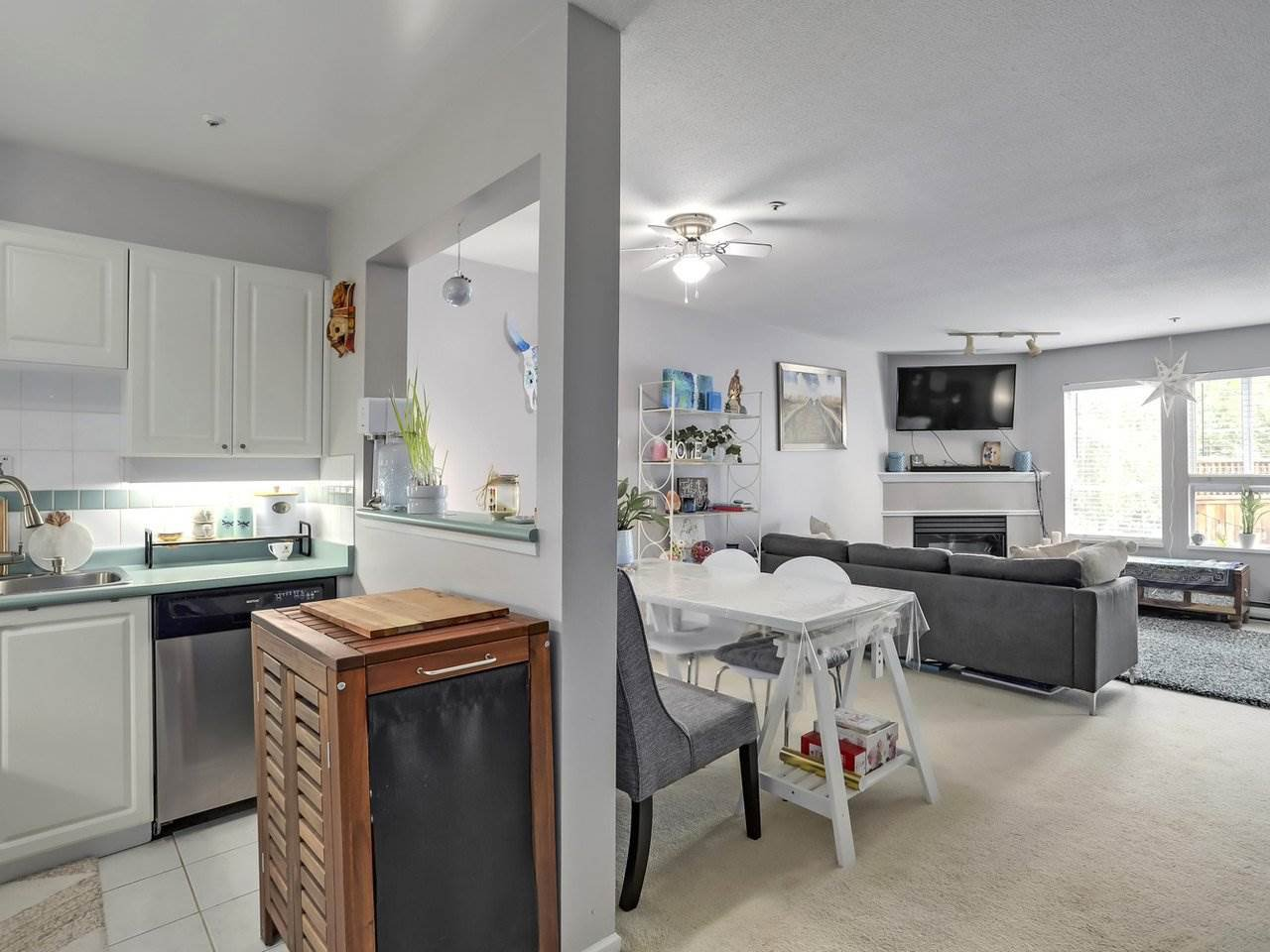 Photo 10: Photos: 107 295 SCHOOLHOUSE Street in Coquitlam: Maillardville Condo for sale : MLS®# R2286753