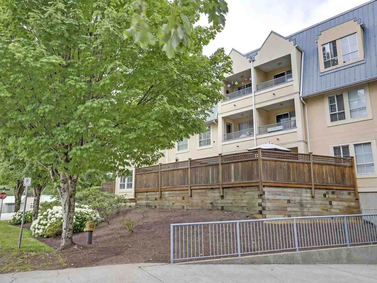 Photo 2: Photos: 107 295 SCHOOLHOUSE Street in Coquitlam: Maillardville Condo for sale : MLS®# R2286753