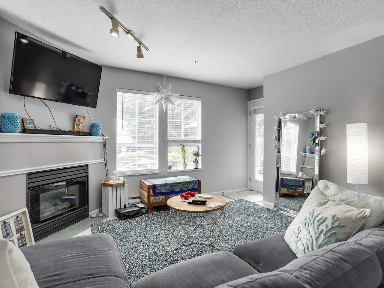 Photo 6: Photos: 107 295 SCHOOLHOUSE Street in Coquitlam: Maillardville Condo for sale : MLS®# R2286753