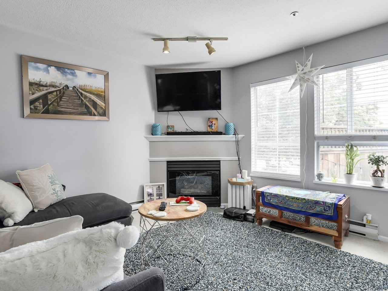 Photo 4: Photos: 107 295 SCHOOLHOUSE Street in Coquitlam: Maillardville Condo for sale : MLS®# R2286753