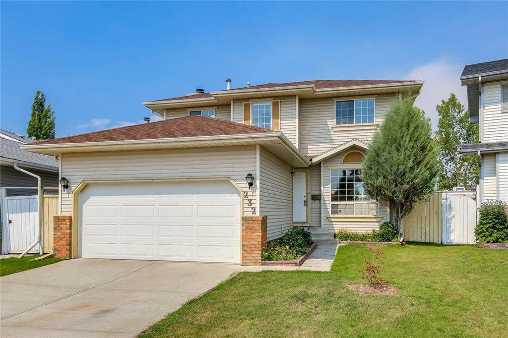 Photo 2: Photos: 232 RIVERSTONE Place SE in Calgary: Riverbend Detached for sale : MLS®# C4196523