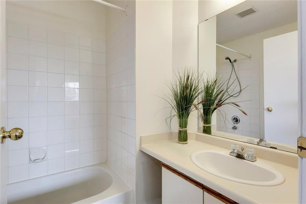 Photo 28: Photos: 232 RIVERSTONE Place SE in Calgary: Riverbend Detached for sale : MLS®# C4196523