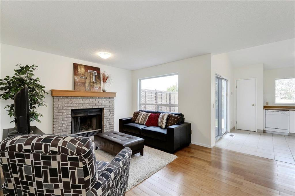 Photo 17: Photos: 232 RIVERSTONE Place SE in Calgary: Riverbend Detached for sale : MLS®# C4196523