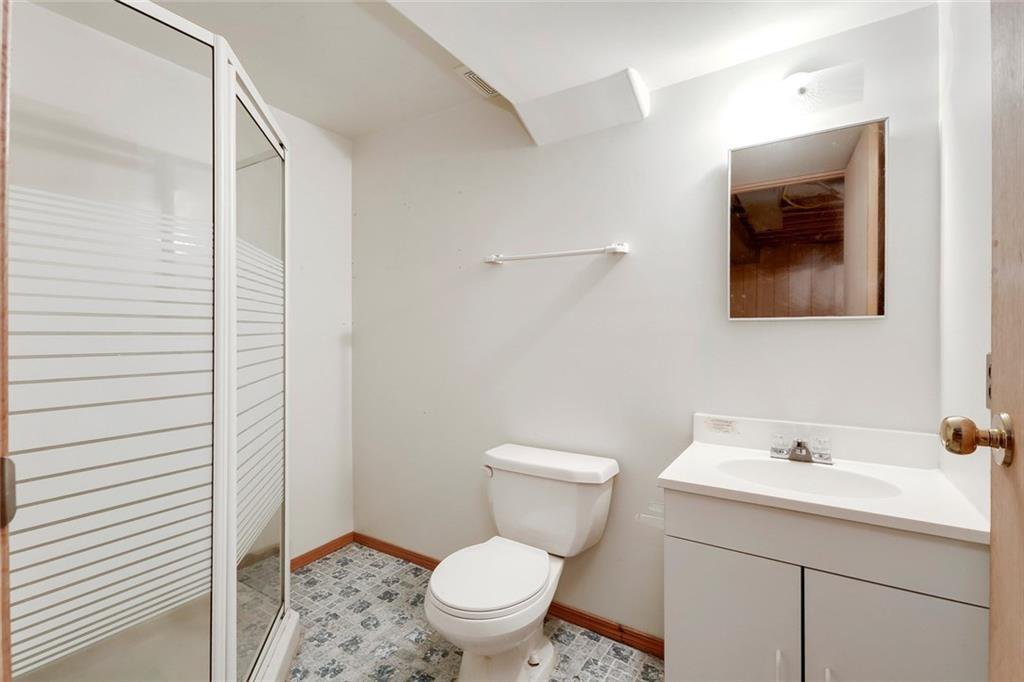 Photo 37: Photos: 232 RIVERSTONE Place SE in Calgary: Riverbend Detached for sale : MLS®# C4196523