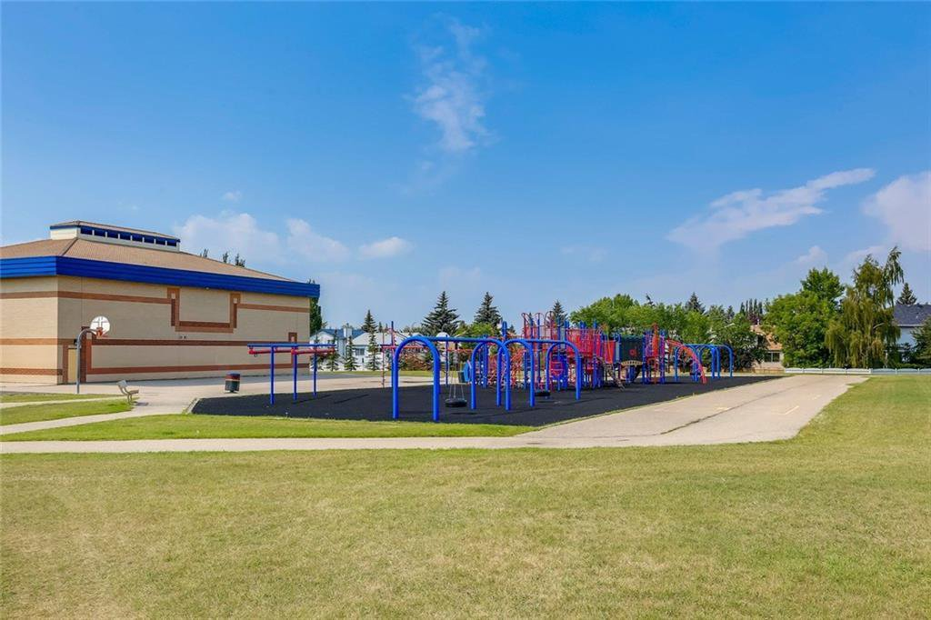 Photo 46: Photos: 232 RIVERSTONE Place SE in Calgary: Riverbend Detached for sale : MLS®# C4196523