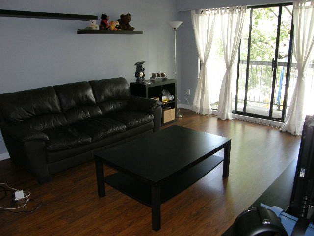 """Photo 2: Photos: 207 590 WHITING Way in Coquitlam: Coquitlam West Condo for sale in """"BALMORAL ESTATES"""" : MLS®# R2311061"""