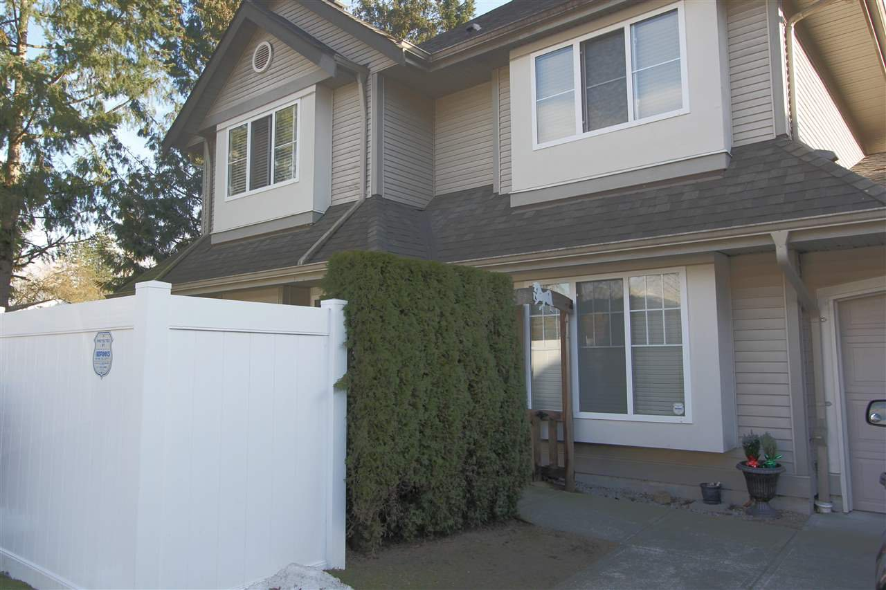 """Main Photo: 57 23085 118 Avenue in Maple Ridge: East Central Townhouse for sale in """"Sommerville Gardens"""" : MLS®# R2345607"""