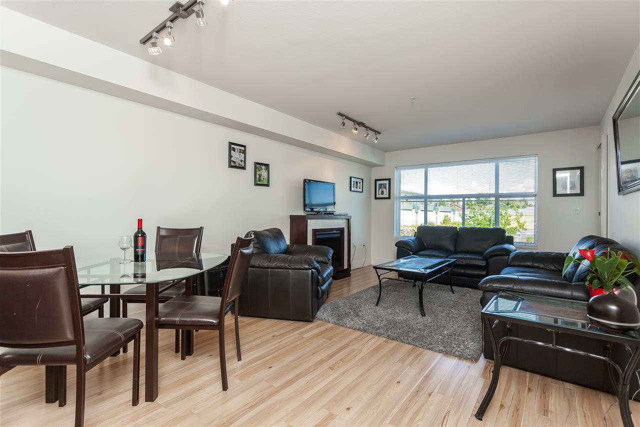 """Photo 7: Photos: 208 7445 120 Street in Delta: Scottsdale Condo for sale in """"The TREND"""" (N. Delta)  : MLS®# R2377961"""
