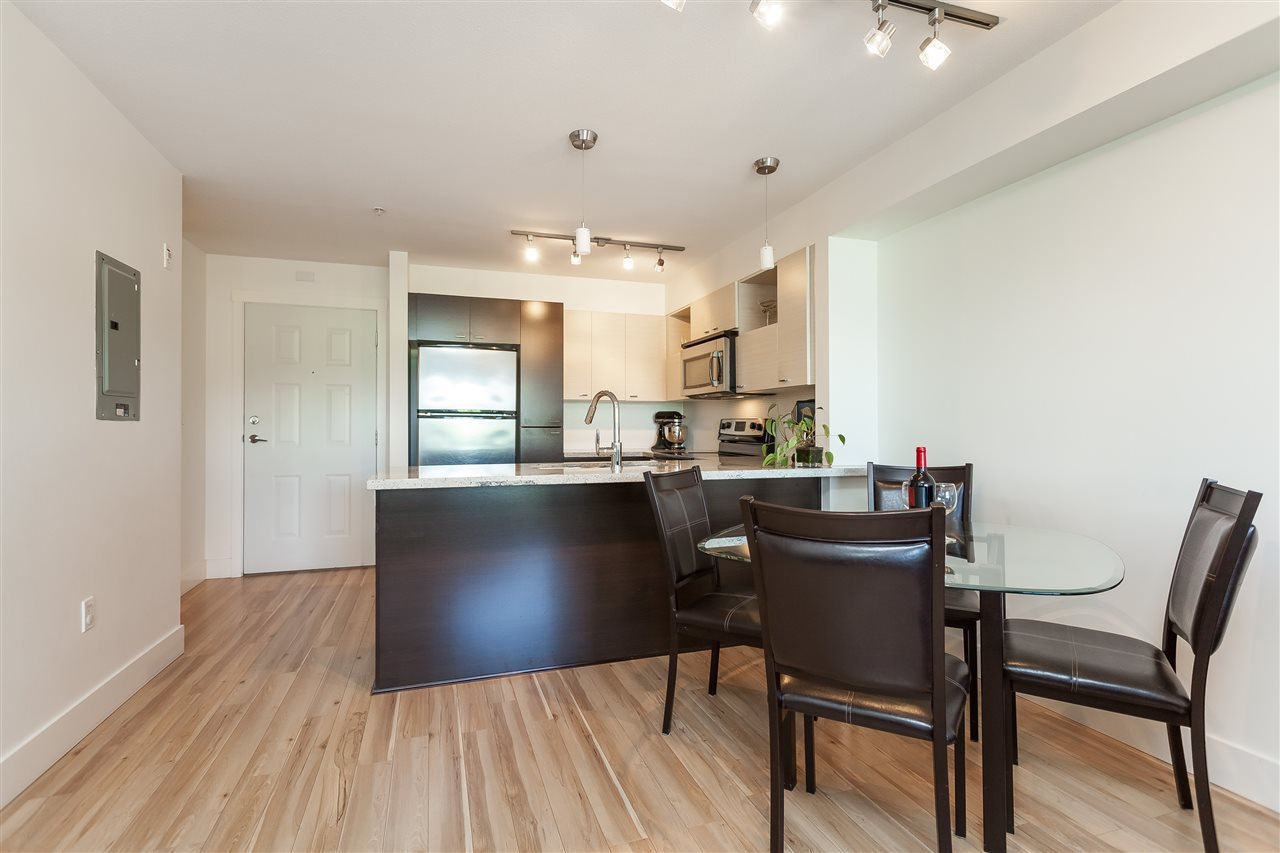"""Photo 11: Photos: 208 7445 120 Street in Delta: Scottsdale Condo for sale in """"The TREND"""" (N. Delta)  : MLS®# R2377961"""