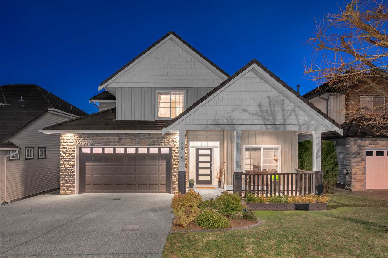 Two story plus walk out basement in Rockridge Estates fully renovated