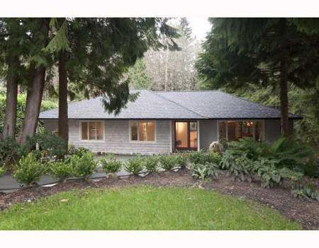 Main Photo: 575 ELSTREE PL in North Vancouver: House for sale (Delbrook)  : MLS®# V805316