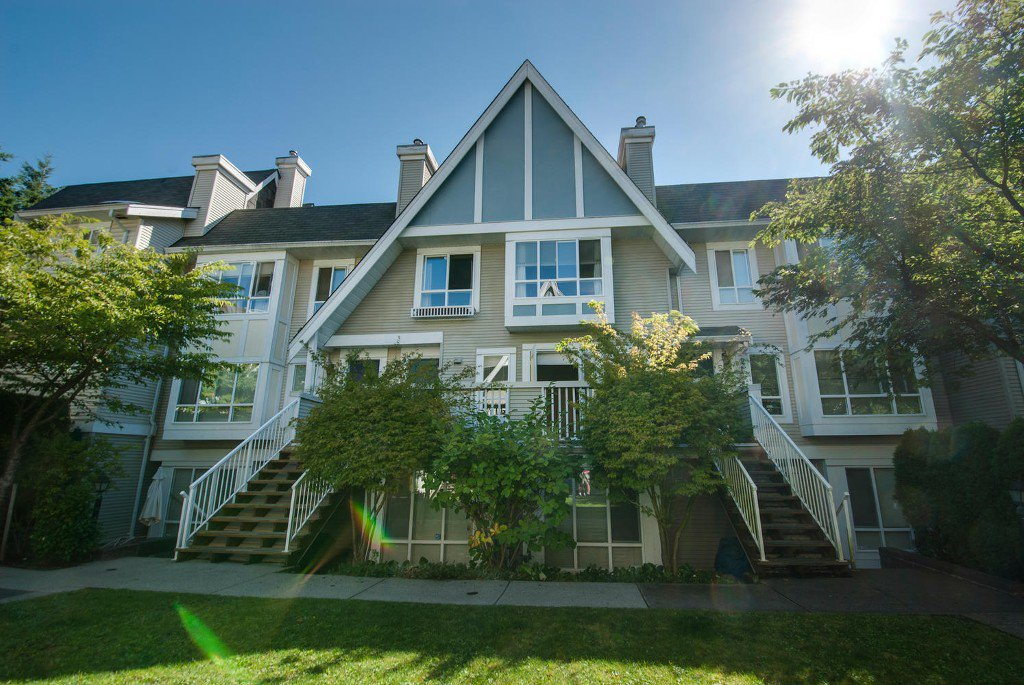 Main Photo: # 54 6588 SOUTHOAKS CR in Burnaby: Highgate Condo for sale (Burnaby South)  : MLS®# V1023001