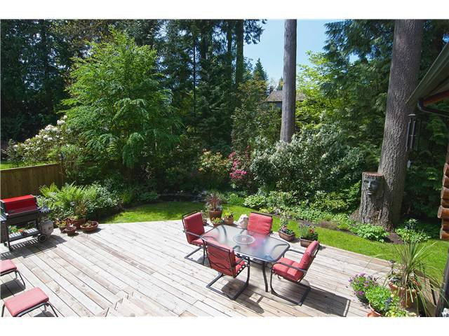 Photo 17: Photos: 3625 PRINCESS Avenue in North Vancouver: Princess Park House for sale : MLS®# V1065220