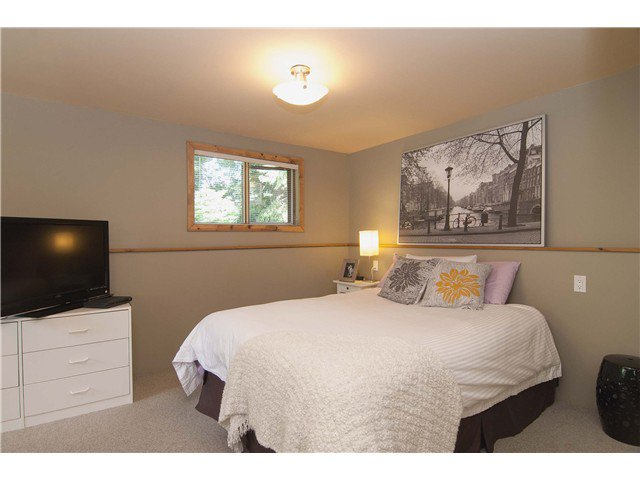 Photo 13: Photos: 3625 PRINCESS Avenue in North Vancouver: Princess Park House for sale : MLS®# V1065220