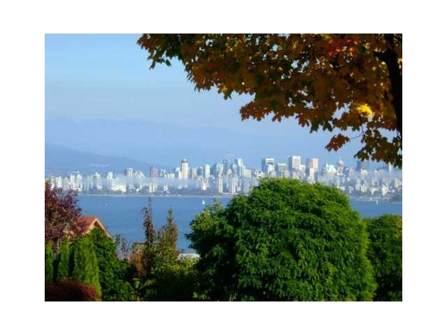 Main Photo: 4678 W 3RD Avenue in Vancouver: Point Grey House for sale (Vancouver West)  : MLS®# V1121557