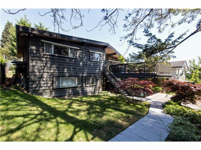 """Photo 10: Photos: 722 CUMBERLAND Street in New Westminster: The Heights NW House for sale in """"THE HEIGHTS"""" : MLS®# V1123630"""