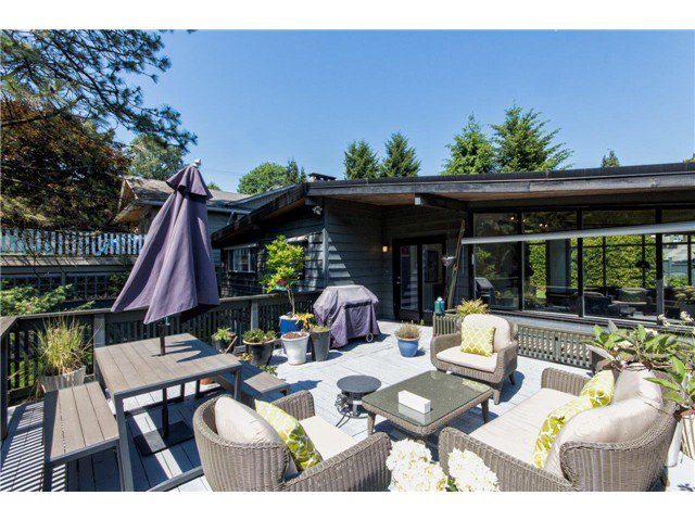 """Photo 2: Photos: 722 CUMBERLAND Street in New Westminster: The Heights NW House for sale in """"THE HEIGHTS"""" : MLS®# V1123630"""