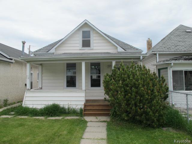 Main Photo:  in WINNIPEG: East Kildonan Residential for sale (North East Winnipeg)  : MLS®# 1515442