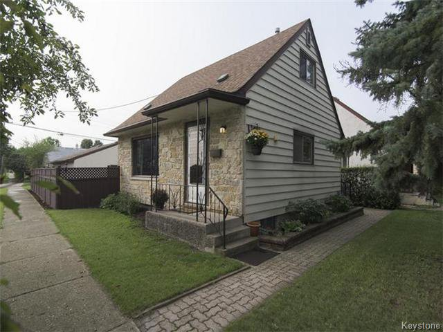Main Photo: 474 Notre Dame Street in WINNIPEG: St Boniface Residential for sale (South East Winnipeg)  : MLS®# 1523842