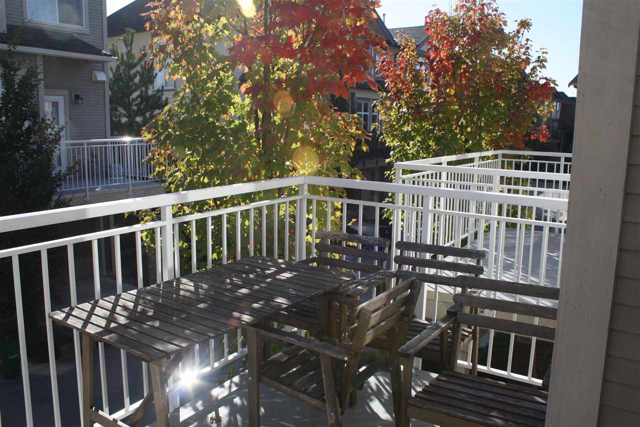 "Photo 5: Photos: 71 9800 ODLIN Road in Richmond: West Cambie Townhouse for sale in ""HENNESSY GARDEN"" : MLS®# R2004610"
