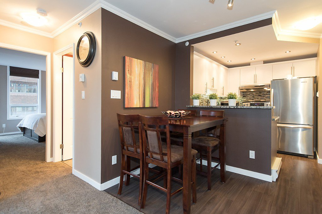 """Photo 11: Photos: 1002 811 HELMCKEN Street in Vancouver: Downtown VW Condo for sale in """"Imperial Tower"""" (Vancouver West)  : MLS®# R2022675"""