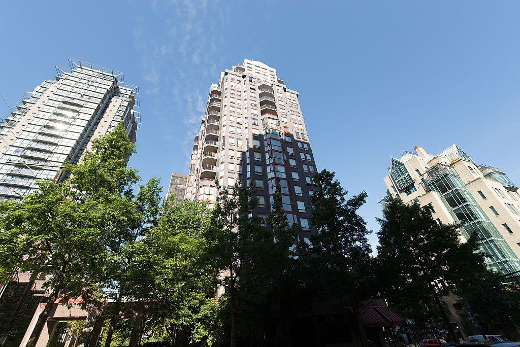 """Photo 25: Photos: 1002 811 HELMCKEN Street in Vancouver: Downtown VW Condo for sale in """"Imperial Tower"""" (Vancouver West)  : MLS®# R2022675"""