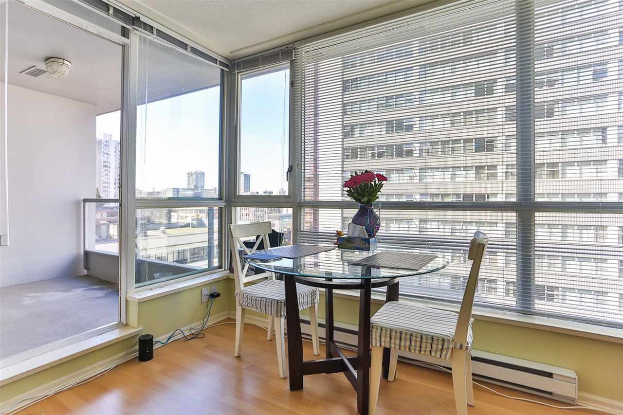 Photo 8: Photos: 905 1420 W GEORGIA Street in Vancouver: Yaletown Condo for sale (Vancouver West)  : MLS®# R2048221