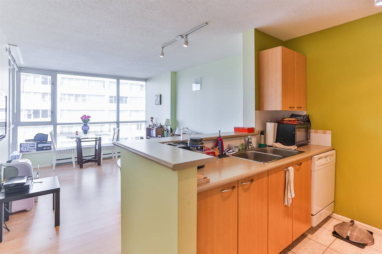 Photo 11: Photos: 905 1420 W GEORGIA Street in Vancouver: Yaletown Condo for sale (Vancouver West)  : MLS®# R2048221