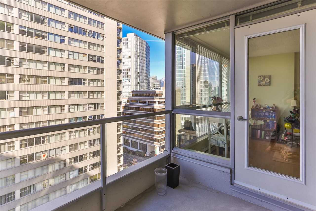 Photo 9: Photos: 905 1420 W GEORGIA Street in Vancouver: Yaletown Condo for sale (Vancouver West)  : MLS®# R2048221