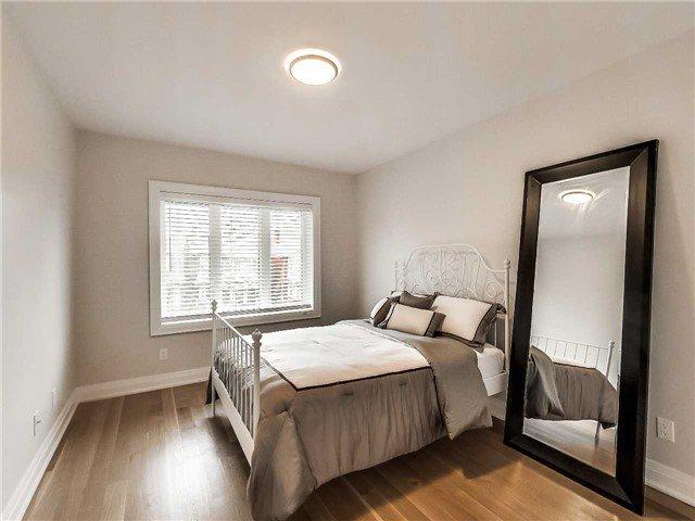 Photo 5: Photos: 78 Glenholme Avenue in Toronto: Corso Italia-Davenport House (2-Storey) for sale (Toronto W03)  : MLS®# W3515060