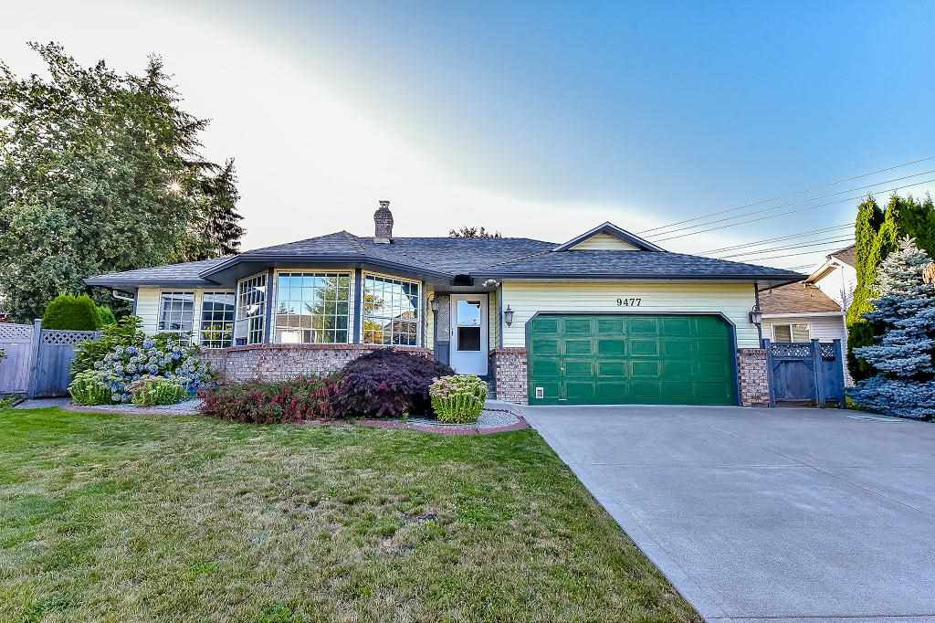 "Main Photo: 9477 156B Street in Surrey: Fleetwood Tynehead House for sale in ""BEL-AIR ESTATES"" : MLS®# R2096650"
