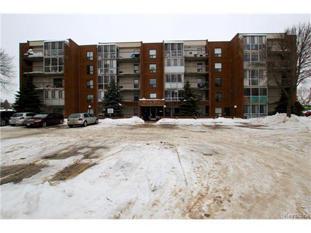 Main Photo: 9 Arden Avenue in Winnipeg: Pulberry Condominium for sale (2C)  : MLS®# 1701304