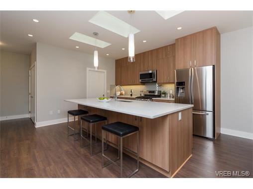 Photo 7: Photos: 221 Bellamy Link in VICTORIA: La Thetis Heights Half Duplex for sale (Langford)  : MLS®# 753483