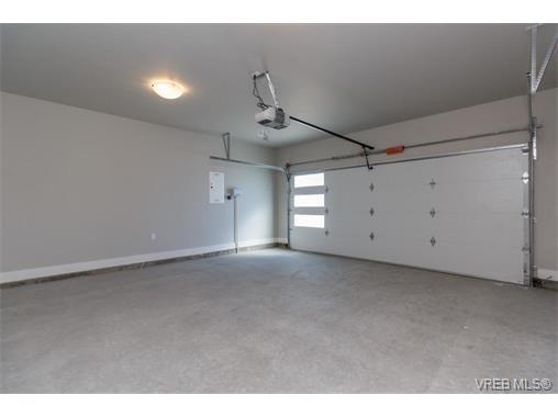 Photo 16: Photos: 221 Bellamy Link in VICTORIA: La Thetis Heights Half Duplex for sale (Langford)  : MLS®# 753483