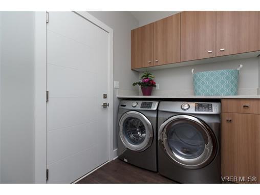 Photo 15: Photos: 221 Bellamy Link in VICTORIA: La Thetis Heights Half Duplex for sale (Langford)  : MLS®# 753483