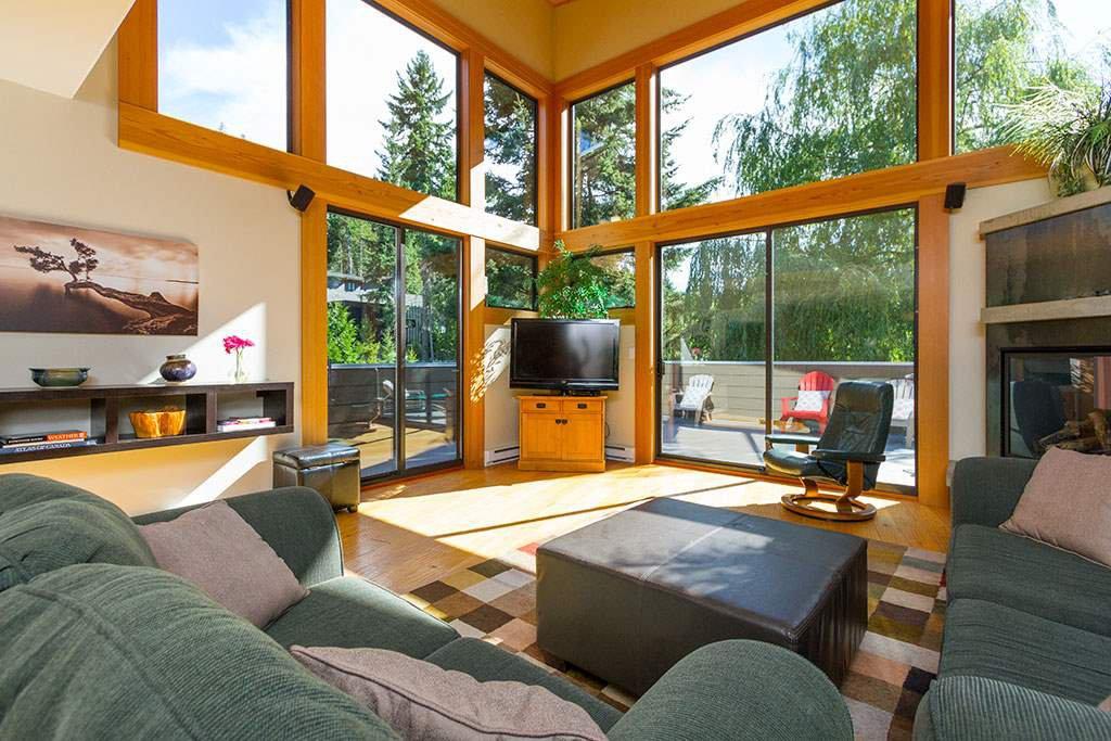 """Main Photo: 6810 BEAVER Lane in Whistler: Whistler Cay Estates House for sale in """"Whistler Cay"""" : MLS®# R2170986"""