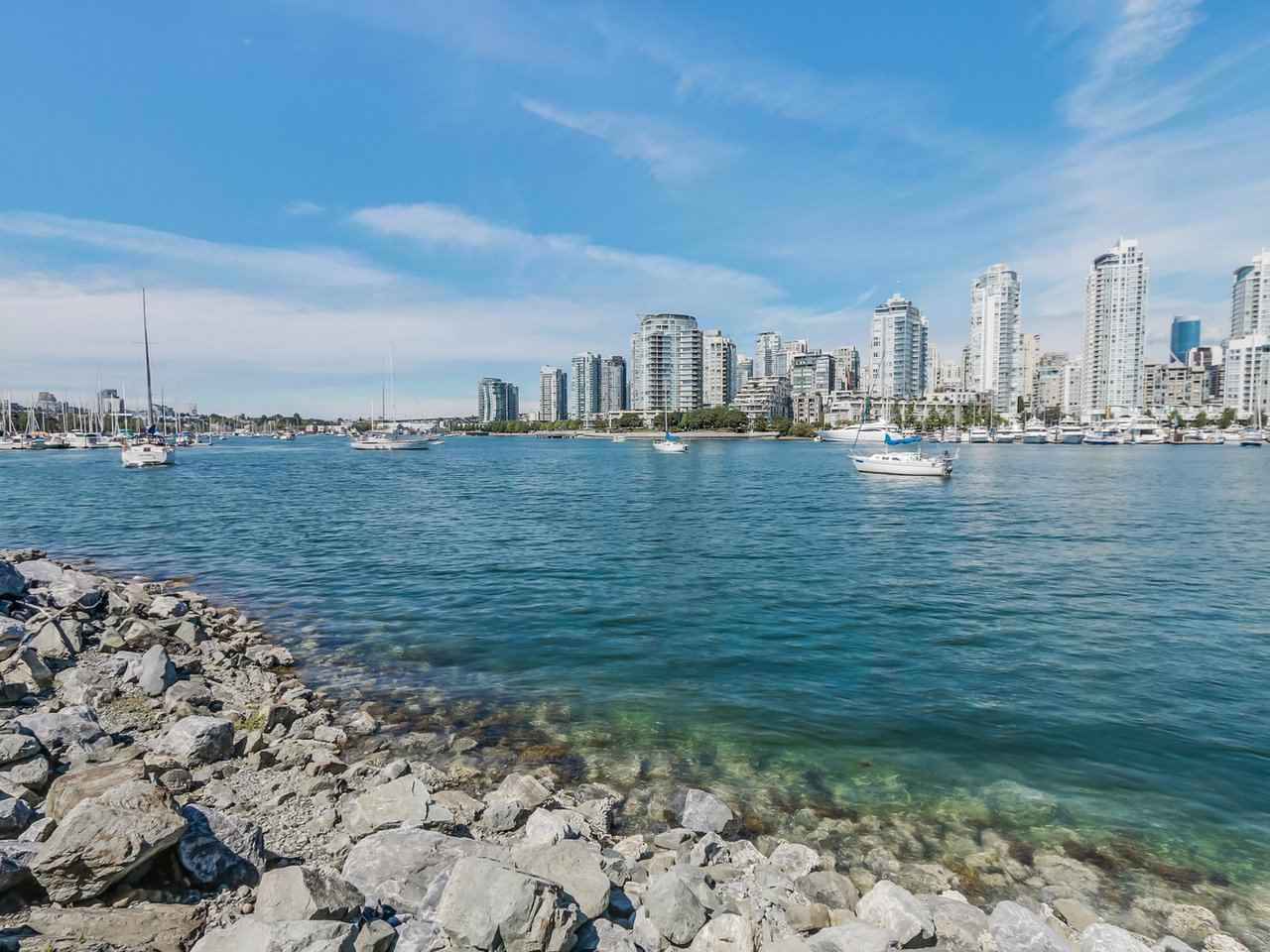 "Main Photo: 116 1859 SPYGLASS Place in Vancouver: False Creek Condo for sale in ""REGATTA"" (Vancouver West)  : MLS®# R2181553"