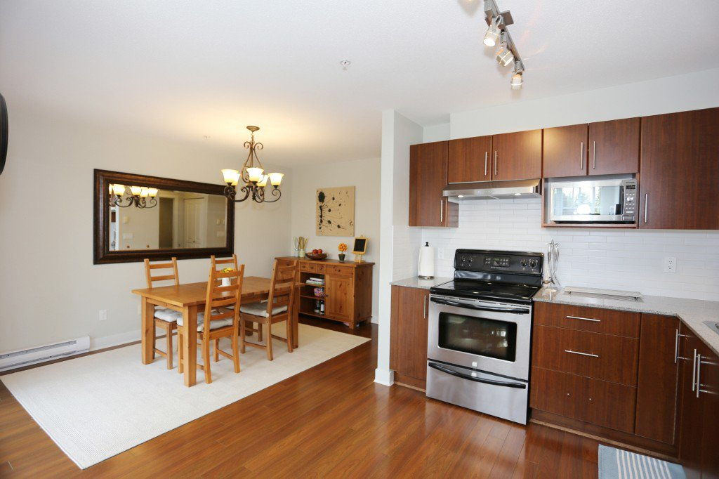 """Photo 5: Photos: 56 20038 70 Avenue in Langley: Willoughby Heights Townhouse for sale in """"DAYBREAK"""" : MLS®# R2195440"""