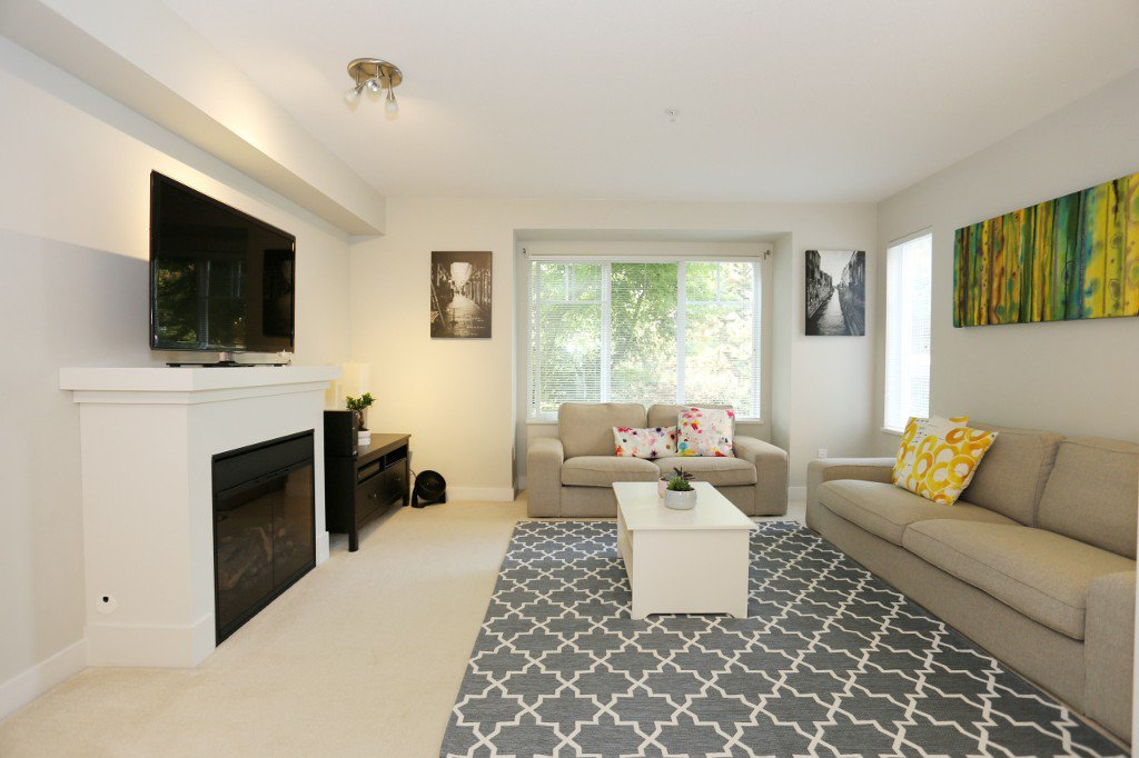 """Photo 14: Photos: 56 20038 70 Avenue in Langley: Willoughby Heights Townhouse for sale in """"DAYBREAK"""" : MLS®# R2195440"""